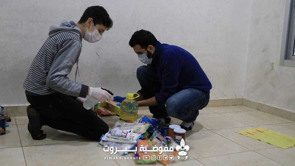 تقديم مساعدات للعائلات الفقيرة