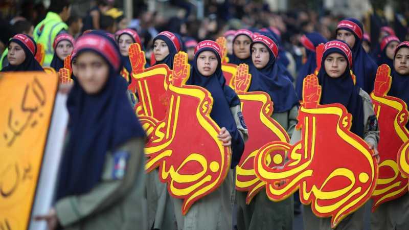 تحقيق: عشرات الآلاف يحيون عاشوراء تحت مظلّة كشافة الإمام المهدي