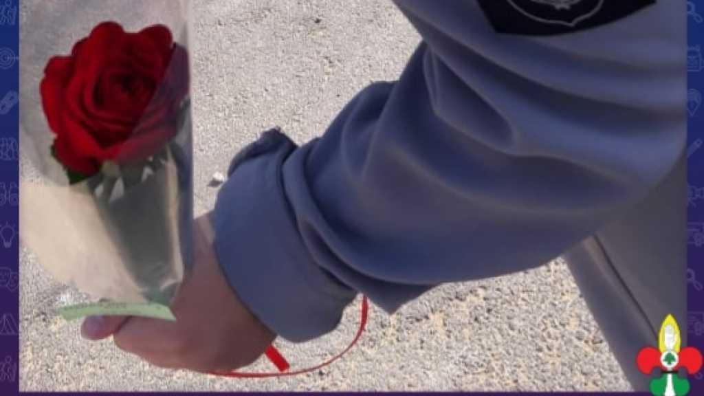 وردة حمراء لأمهات الشهداء