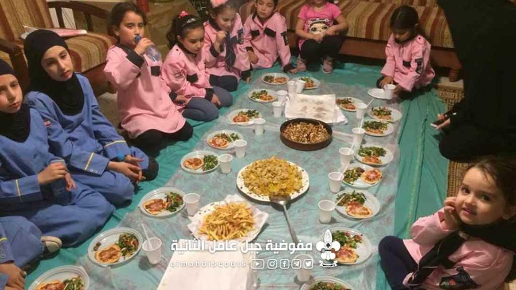مائدة إفطار لكشفيات زيتا